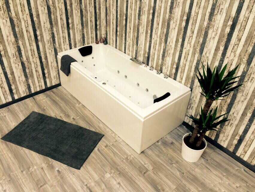 whirlwanne whirlpool armatur jacuzzi badewanne. Black Bedroom Furniture Sets. Home Design Ideas